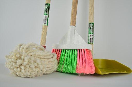broom-1837434__340[3]
