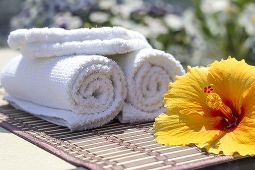 towel-2608073__340[1]